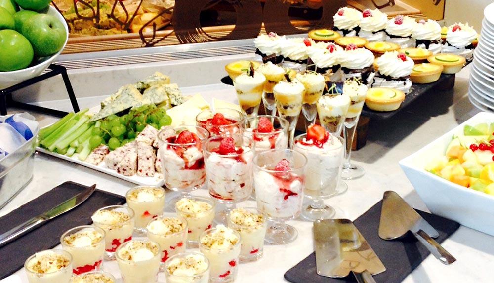 Desserts for management training delegates in Manchester